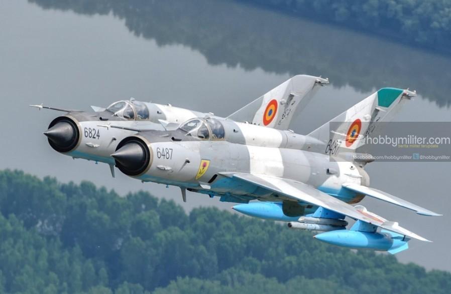 MiG-21 Romania, pernah mengintercept 2 bomber Tupolev Tu-22M yang dikawal 2 Sukhoi Su-27 diatas Laut Hitam