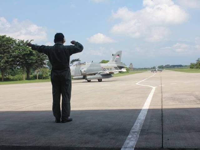 Hawk 209, Elang Khatulistiwa dari Skadron Udara 1 Lanud Supadio melakukan latihan pengeboman di AWR Pulung