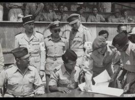 Penandatanganan penyerahan kota Solo dan Pacitan dari Belanda ke pasukan Republik di Stadion Solo 12 November 1949. Belanda diwakili oleh Kolonel van Ohl dan Republik Indonesia diwakili oleh Letnan Kolonel Slamet Rijadi. Tampak Mayor Jendral Mollinger dibelakang keduanya. Letkol Slamet Rijadi sebelumnya memimpin Serangan Umum Surakarta melawan pasukan Kol. van Ohl, 7-10 Agustus 1949.