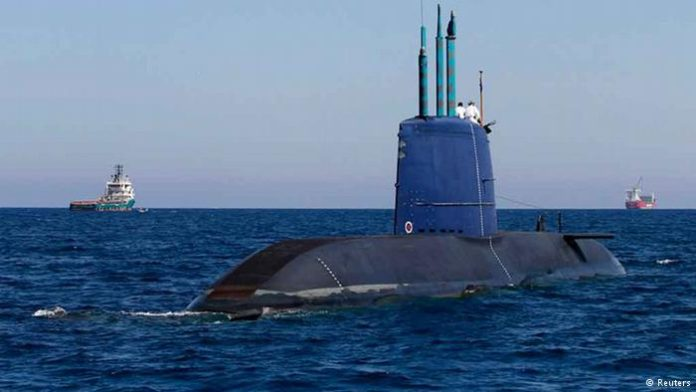 26-israel-terima-kapal-selam-jerman-kelima