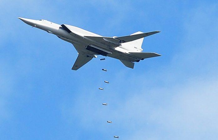 5-jet-tupolev-tu-22m3-hancurkan-kamp-isis