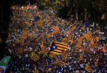 76-warga-barcelona-demo-mendesak-gerakan-kemerdekaan-katalan
