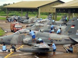 Tradisi Bersih-Bersih Pesawat Di Lanud Supadio