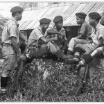 Militer Malaysia dengan LE Jungle Carbine