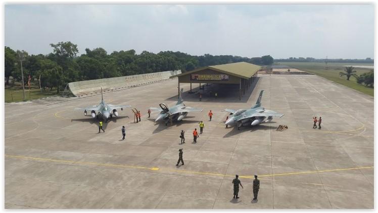 Pengadaan Alutsista TNI F-16C/D melalui proses FMS