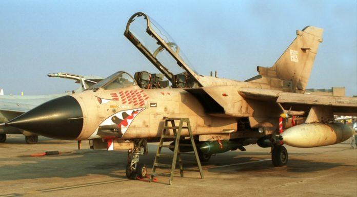 Panavia Tornado Pilot Inggris