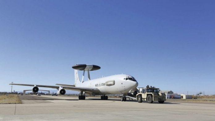 AWACS E3A Milik NATO Yang Tiba Di Boneyard, Arizona.