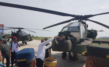 Menhan RI Ryamizard Ryacudu Laksanakan Simbolis Penerimaan Helikopter Apache