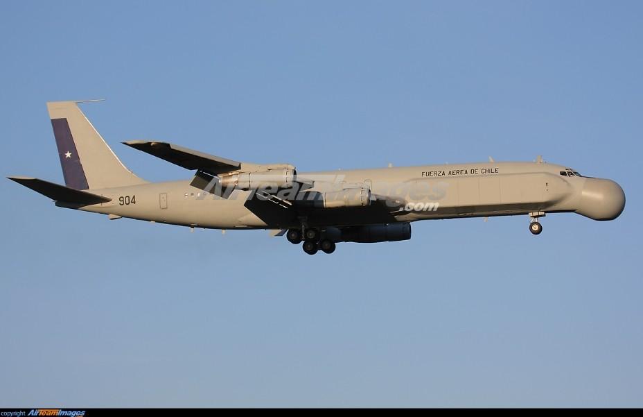 "AWACS PHALCON AU Chili. AWACS dgn sistem buatan Israel ini bentuknya cukup unik, sesuai namanya ""PHALCON"""