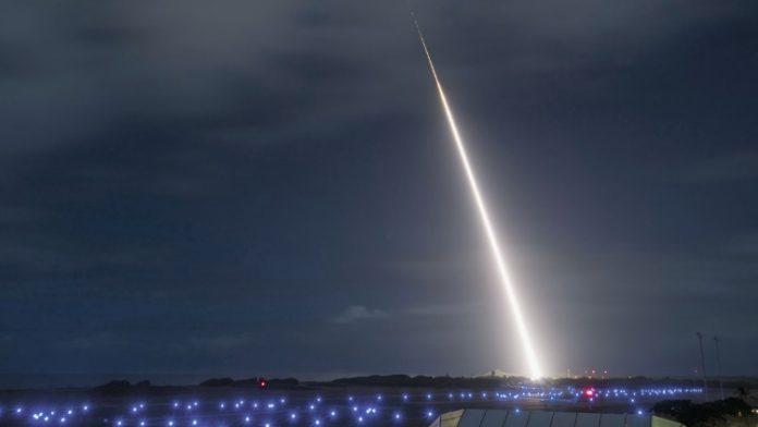 Raytheon Dan Agensi Pertahanan Rudal AS Sukses Lakukan Uji Tembak Rudal SM3 Block IIA