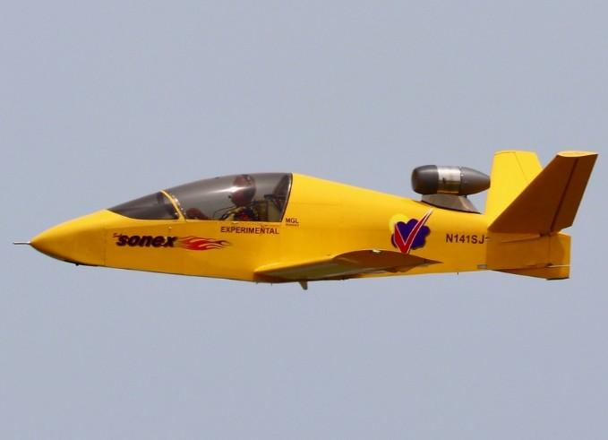Subsonex JSX-2, Jet Pribadi Termurah Yang Bisa Dirakit Sendiri