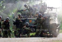 TNI melayani kontak tembak dengan Gerakan Aceh Merdeka, 2003