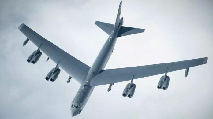 USAF Uji Coba Integrasi Prototype Rudal Hypersonic Amerika dengan Bomber B-52